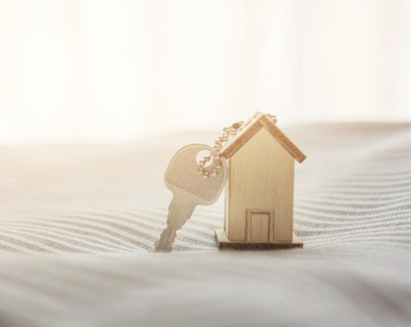 Faut-il vendre son logement avant d'en acheter un autre ?